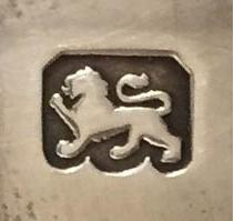 standard mark: lion passant