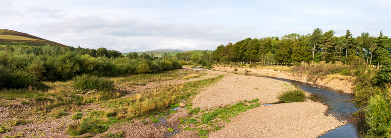 Relatively dry riverbed at Branton