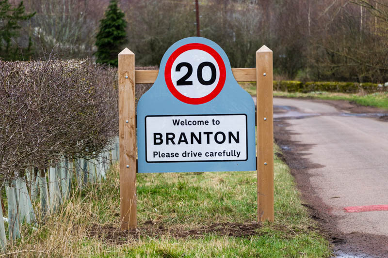 Photo of a new 20 mph road sign